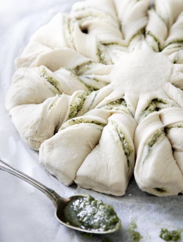 Stjernebrød-pesto-parmesan-hæver
