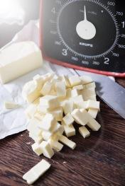 Der skal rå mængder smør i dejen.