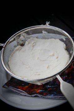 Rygeost hjemmelavet hvordan laver man rygeost nemt-3